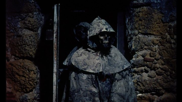Tombs of the Blind Dead (1972)